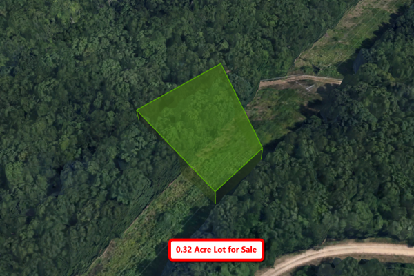 0.32-acre Close to a Lake in Ridgedale, MO!